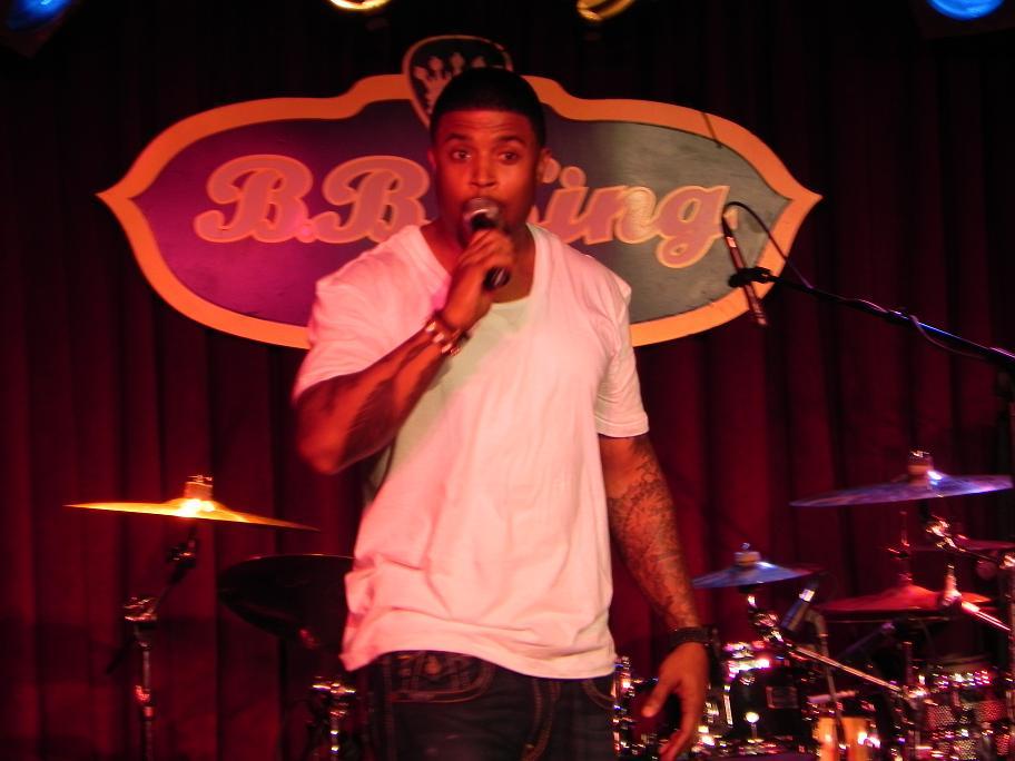 RL of Next Live BB Kings July 2011