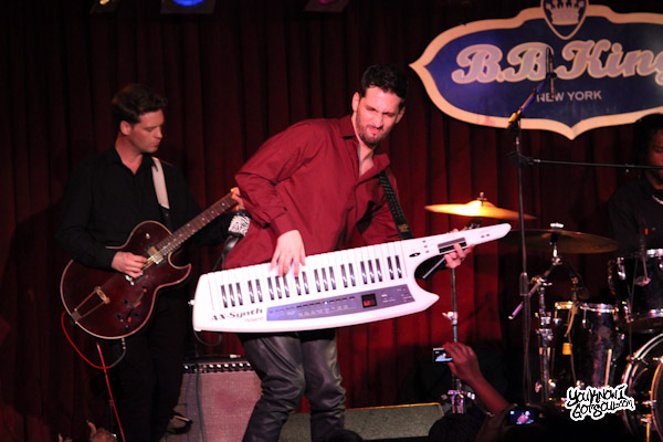 IMG 6727 Event Recap & Photos: Jon B. Performs at BB Kings in NYC 2/20/12