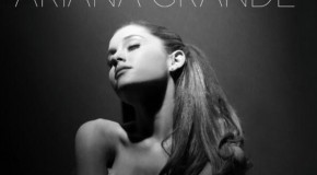 "Ariana Grande ""Right There"" featuring Big Sean (Video)"