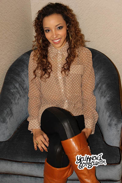Tinashe YouKnowIGotSoul Dec 2013-1