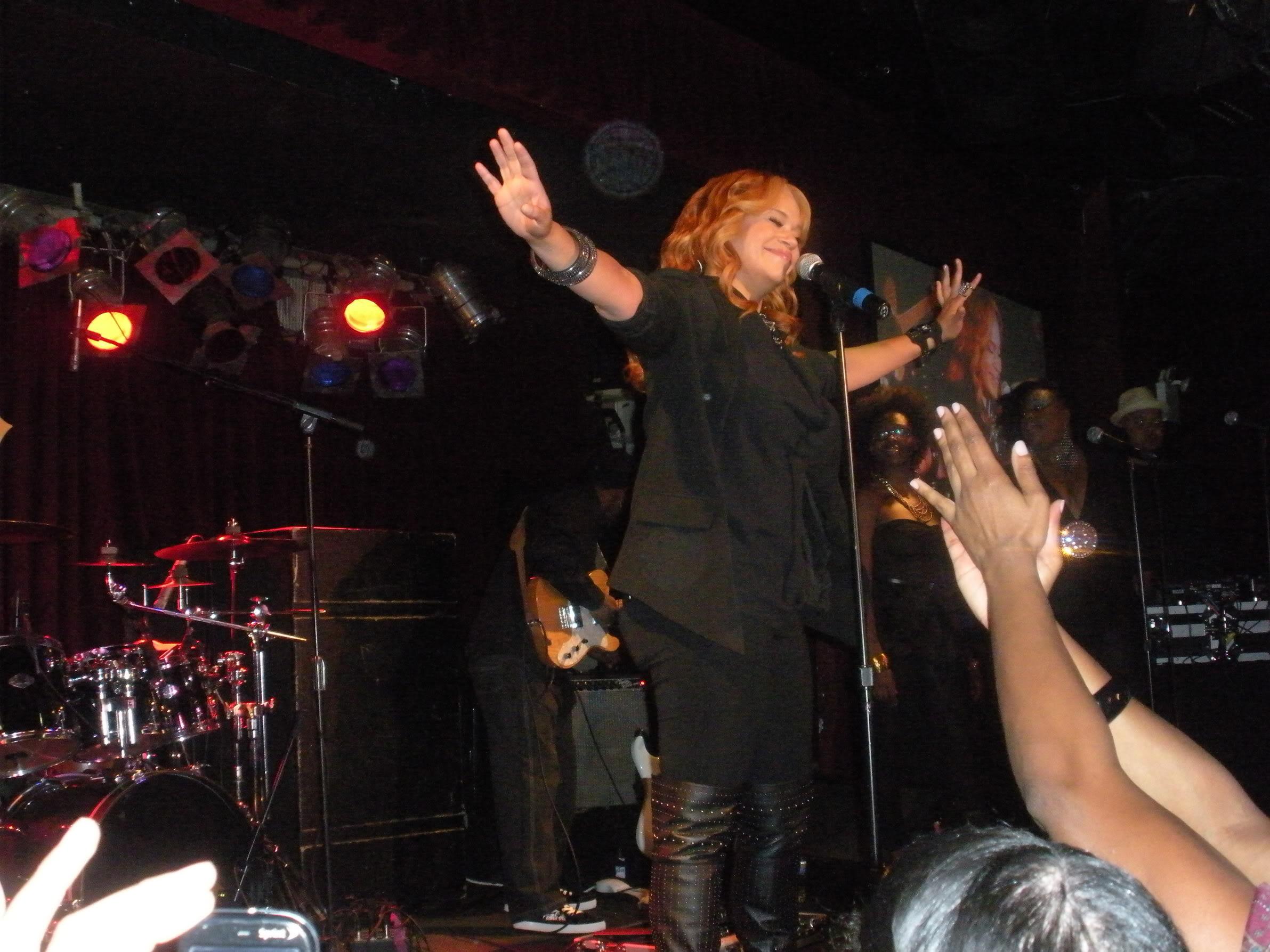 Faith Evans Live BB Kings Oct 2010