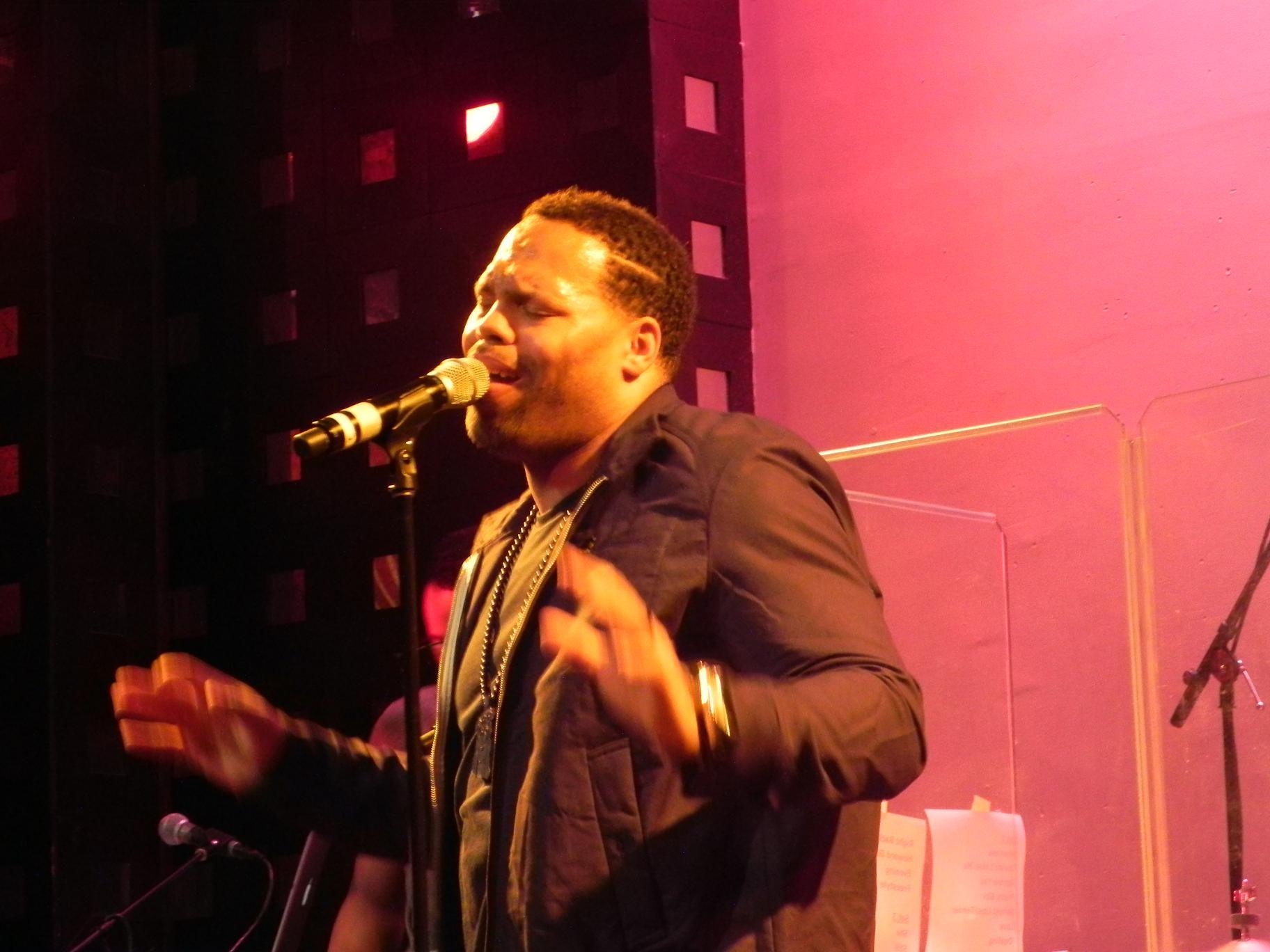 Eric Roberson Vivian Green SOBs April 2011