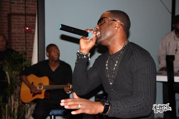 Q Parker 112 Live Acoustic Conversation Mar 2012