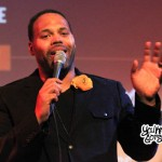 "Eric Roberson Performing ""All Gold Everything"" (Trinidad James Cover) Live at SOBs"