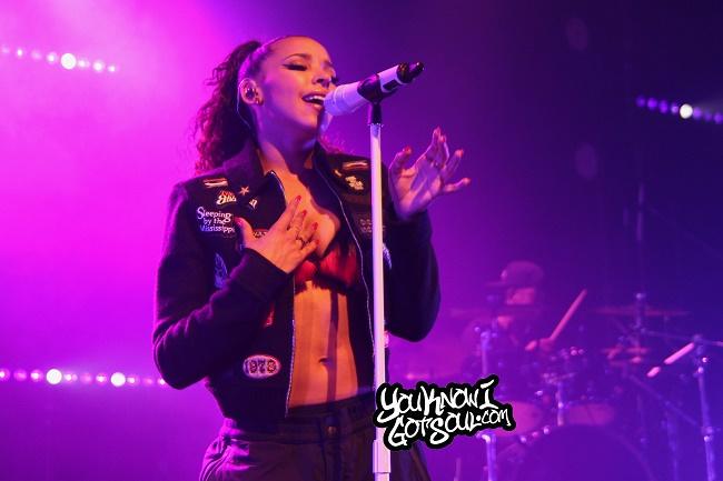 Tinashe-Joyride-World-Tour-Vancouver-April-10-2016-4