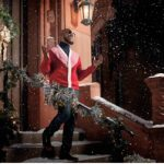 """R. Kelly Releases """"12 Nights of Christmas"""" Album, Announces Holiday Tour"""
