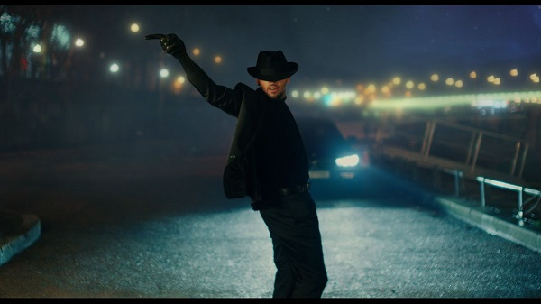 Chris Brown Back to Love Video