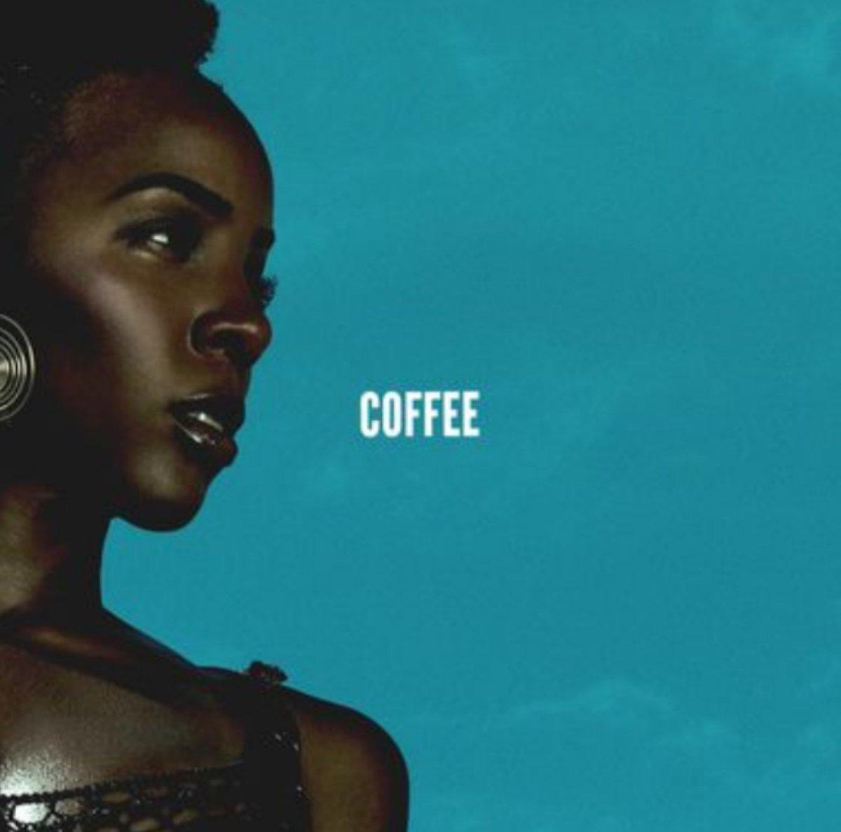kelly-rowland-coffee
